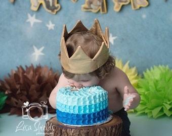 "TREASURY ITEM - 10"" Rustic wedding Cake Stand - Photo prop - Baby shower - Bridal shower - Weddings - Tree cake stand"