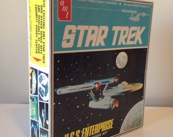 Star Trek USS Enterprise Space Ship Model Kit 1968 S951