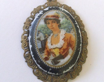 Painted Cameo Portrait Pendant Lady Painting Vintage Jewelry Fashion Accessory
