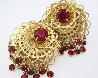 Stunning Rhinestone Earrings - Ruby Red Rhinestones - Vintage Earrings - Rhinestone Earrings - Clip-ons