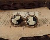 Vintage Black Cameo Pierced Earrings / Gold Tone Metal