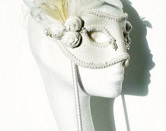 Ivory & Pearl Masquerade Ball Mask - Cinderella Bride