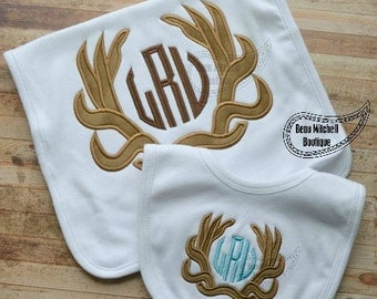 Deer Antlers Bib & Burp Cloth Set - Boys applique - Hunting Designs - Baby Shower Gift Set