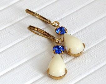 Cream and Blue Earrings .. cream earrings, teardrop earrings, ivory drop earrings, ivory earrings, vintage style