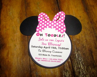Minnie Mouse Birthday invitation - set of 12 with Pink polka dot bow