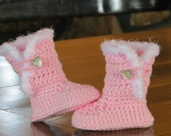 Snuggle Crochet Baby Boots