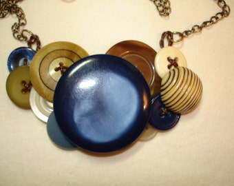 BLUEBERRY JAM -VINTAGE Button Necklace - Vintage Button Jewelry -Navy Blue, Cream, Golden Brown