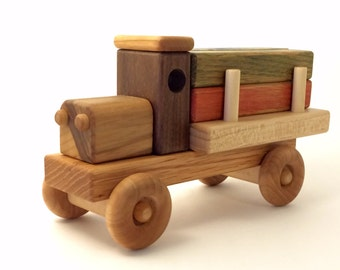 Lumber Truck with colored blocks