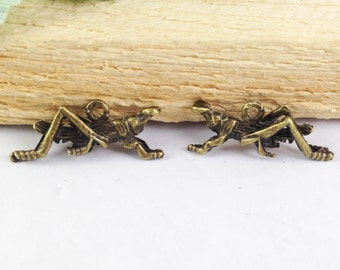 30pcs Antique Bronze Grasshopper Charm Pendants 10x23mm E208-2
