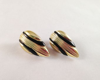 Vintage Black & Gold Clip On Earrings