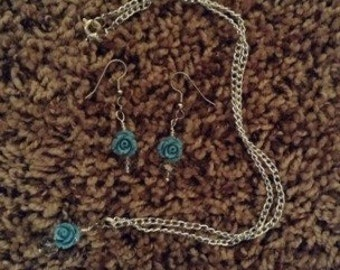 Blue Roses Bead Necklace and Earring Set