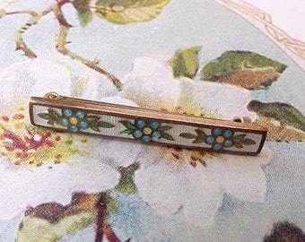 Sweet Little Edwardian Era Enameled Brooch with Blue Posies