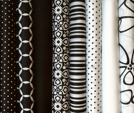 Black And White Fat Quarters 45