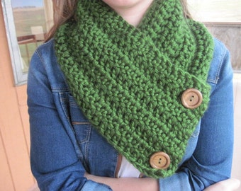 Crochet neck warmer with buttons  - Wisconsin scarf  -  cowl.
