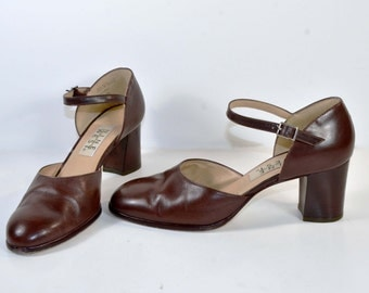 Vintage 80s Brown Leather Ankle Strap Shoe/ Mod 60s Style Mary Jane/ Chunky Heel Dress Shoes by Nine West 8M