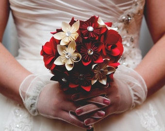 Paper rose and kusudama wedding bouquet, red rose bouquet, kusudama bouquet, bridal bouquet, faux flower bouquet, paper bouquet, elegant