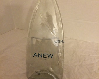 Clear Anew Reisling Wine Bottle hanging cheese tray wine