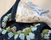 Mama and baby whale reversible blanket, crochet baby blanket, baby blanket, granny square baby blanket, afghan, travel blanket, baby shower