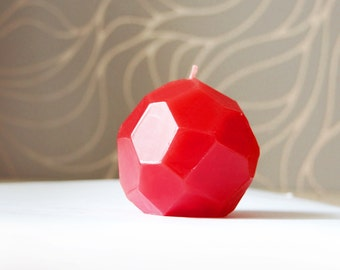 Geometric Handmade Candle - Faceted Red Candle - Modern Decor - Modern Wedding Decoration - Geometric Wedding Favor -  Modern Party Candle