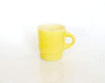 Anchor Hocking Fire King Primary Yellow Coffee Mug Cup, Retro Pastel Yellow Coffee Tea Cocoa Cup Mug