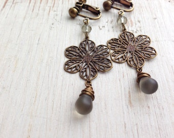 Matte Gray Teardrop Clip on Earrings, Flower Filigree Clip Earring, Screw Back Clip-on