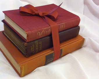 Vintage Red Book Collection Shades of Red Hardcover Books Vintage Room Decor