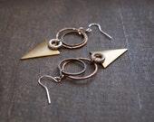 Hammered Earrings Geomertric Triangle Earrings Geometric Jewelry Hammered Hoops Mixed Metal Earrings Arrowhead Jewelry Sacred Geometry Arrow