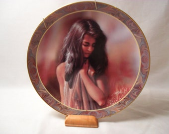 First Glance Collector Plate from The Native Beauty Collection by Lee Bogle