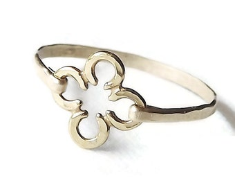 Hammered Gold and Vermeil Clover Band - Gold Ring - Stackable Hammered Ring - Clover Ring