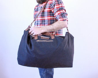 Waxed Canvas Weekend Getaway Bag Black