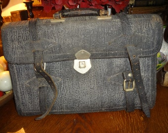 Sharp grey leather briefcase satchel..very good condition