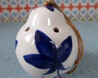 Beddgelert Pottery china pomander - vintage china pomander - blue and white china - Welsh Pottery - pot pourri
