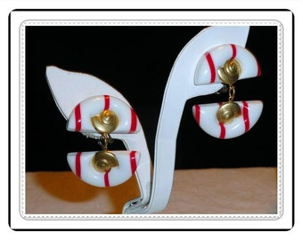 Striped Clip-on Earrings - Red and White  Vintage Earrings E524a-031414002