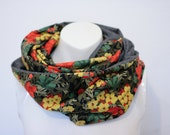 Loop/ Infinityscarf/ Circlescarf Flowers
