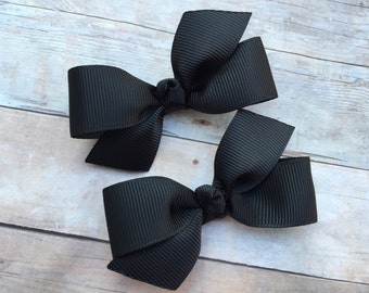 You pick color - Adorable pigtail bows, toddler bows, pigtail bows, baby bows, girls hair bows, custom bows, boutique bows, girls bows