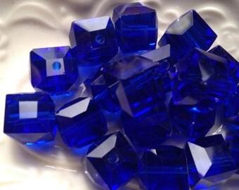 Beader's Crystal CUBE COBALT BLUE Glass 10mm Beads