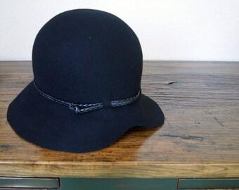 Felt Cloche Women Hat, Black Cloche Hat,  Vintage Style, Handmade Cloche Hat -  Womens hats