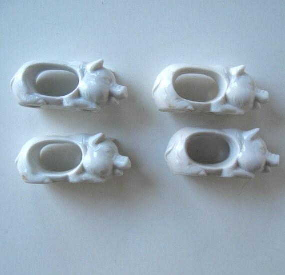 set of 4 vintage ceramic pig napkin rings by jewelryandthings2