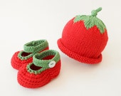 Red Berry Baby Hat and Booties Organic Baby Beanie Crib Shoes Sweet Tomato Baby Gift Spring Summer Baby Photo Props 0 - 6 month
