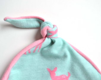 Deer baby girl hat. Stretchy knit material. Adjustable. Size: newborn / baby girl / knot hat / knotted hat     (Made by lippy brand)