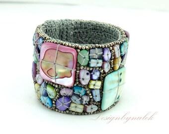 Purple shell knotting wax cotton cuff.