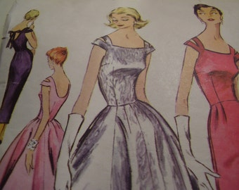 Vintage 1950's McCall's 3561 Dress Sewing Pattern, Size 14, Bust 32