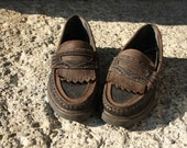 New Old Stock - Never worn, vintage 90s, leather loafers, size 8 women's