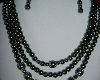 Hunter Green Necklace, Bracelet and Earrings Set