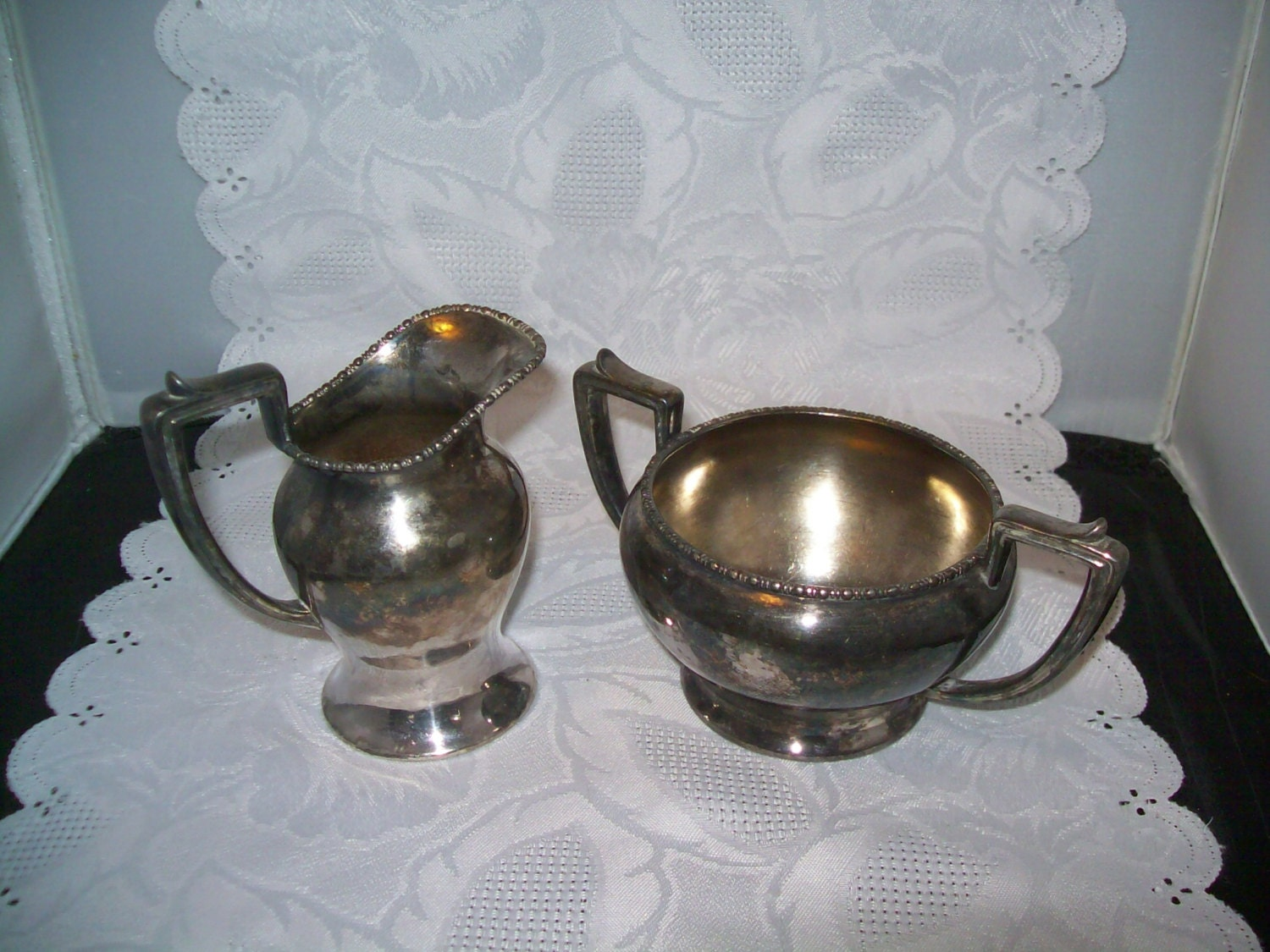Victor Silver Co Quadruple Silver Plate Cream And Sugar Set