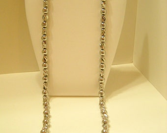"Vintage Silver Colored 30"" Plastic Beaded Necklace (8964**)"