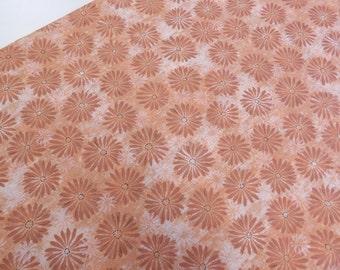 Quilting cotton fabric in salmon/coral pink, STUDIO STASH 'salmon' by Jennifer Sampou for Robert Kaufman, salmon pink flower print