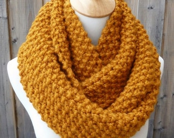 Butterscotch Wool Infinity Scarf - Mustard Wool Infinity Scarf - Lambswool Scarf - Bulky Knit Scarf - Circle Scarf - Ready to Ship