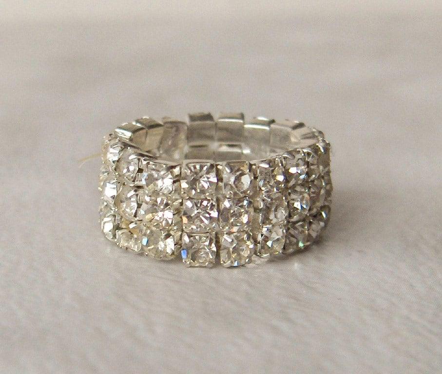 silver rhinestone stretch ring glitzy by gemstonecowboy