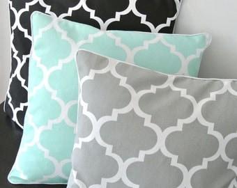 SALE: Decorative pillow cover, pillowcase, cushion cover, quatrefoil, trellis, gray, black, mint, white, marocain